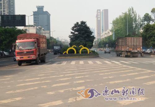 长青路 人民西路整治 施工期间实行交通管制