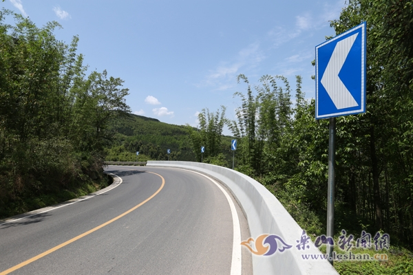 犍马示范公路整治项目完成施工