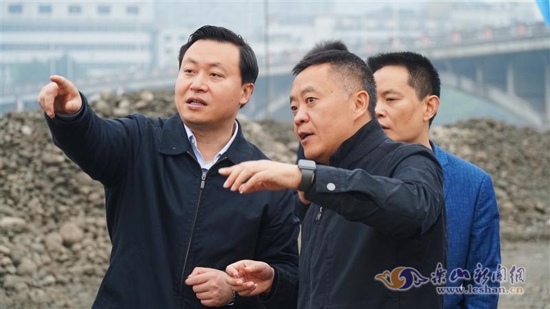张彤调研大佛景区:建设好南游客中心闭合环线