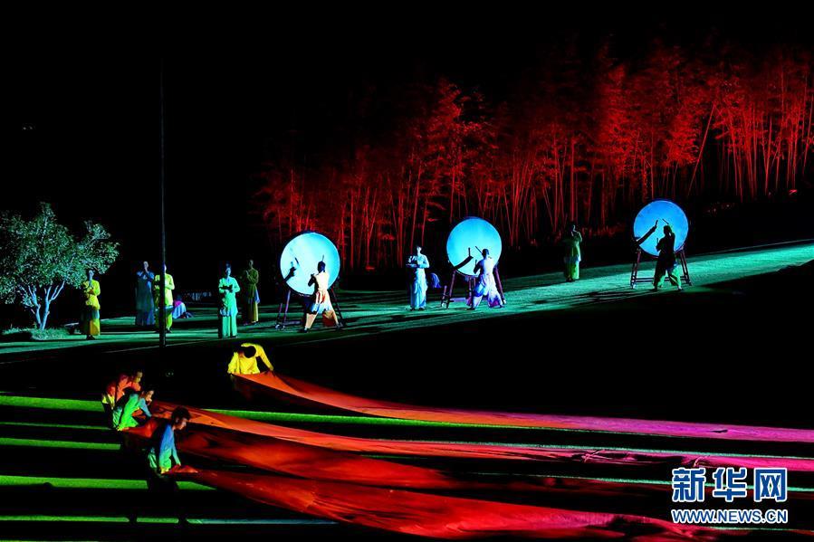 (文明)(4)武夷山:《印象大年夜红袍》引来八方客
