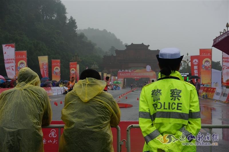 图说 全国竞走锦标赛上的另一道风景